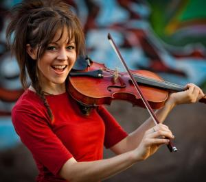 Lindsey Sterling with her violin