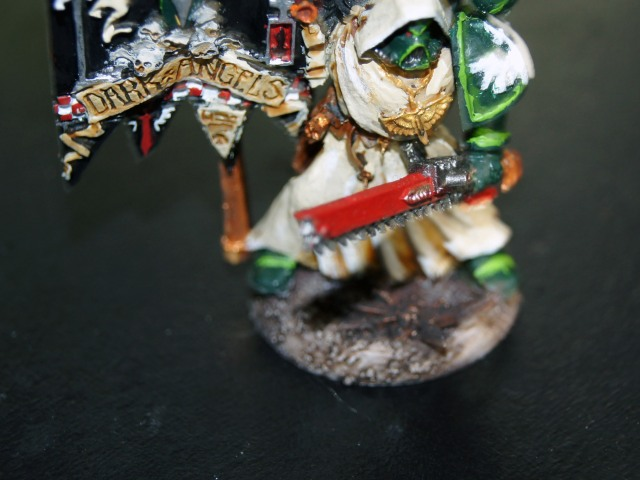 The base of the banner was fun to try, and I used ANOTHER piece from the defiler to accent the base.
