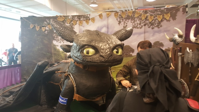 You never know what you'll see. That's a 1:1 scale (No Pun Intended) Toothless. you could pose with him for charity.